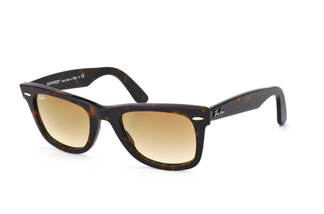 Ray-Ban Wayfarer RB 2140 902/51 perspective view