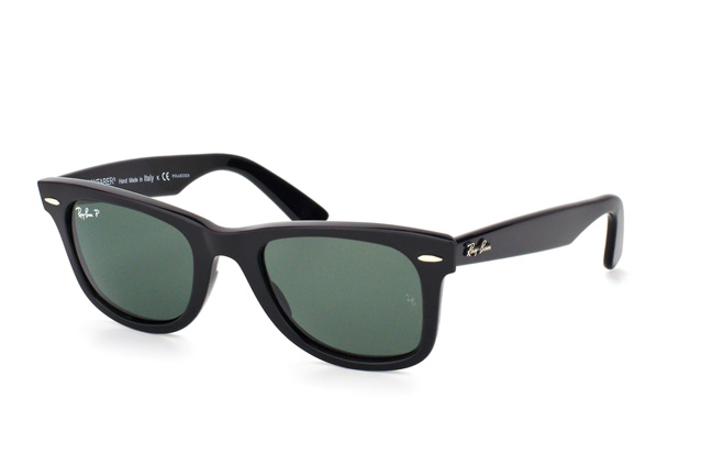 Ray-Ban Original Wayfarer polarized RB 2140 901/58 Perspektivenansicht