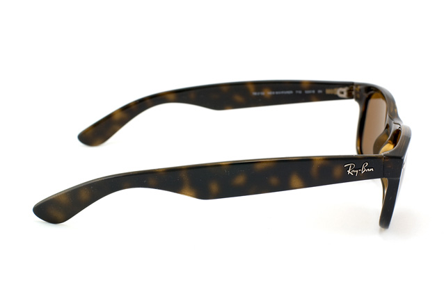Ray-Ban New Wayfarer RB 2132 710 vista en perspectiva