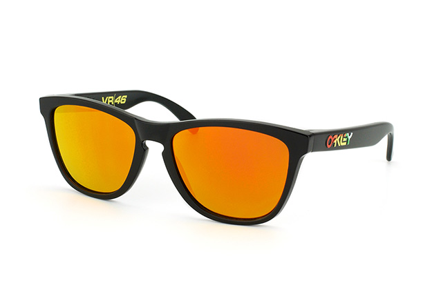 Oakley Frogskins Valentino Rossi OO 9013 24-325 perspective view