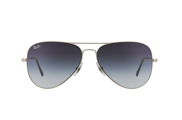 Ray-Ban RB 3513 154/8G perspective view