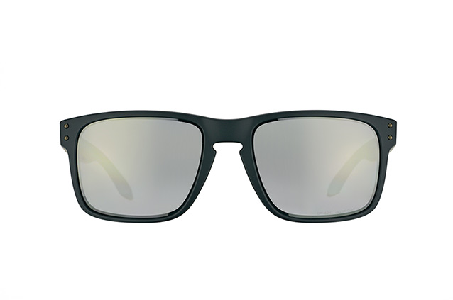 Oakley Holbrook OO 9102 62 perspective view