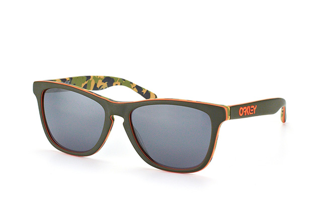 Oakley Frogskins LX OO 2043 14 perspective view
