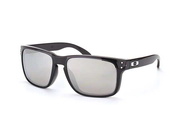 Oakley Holbrook OO 9102 68 perspective view