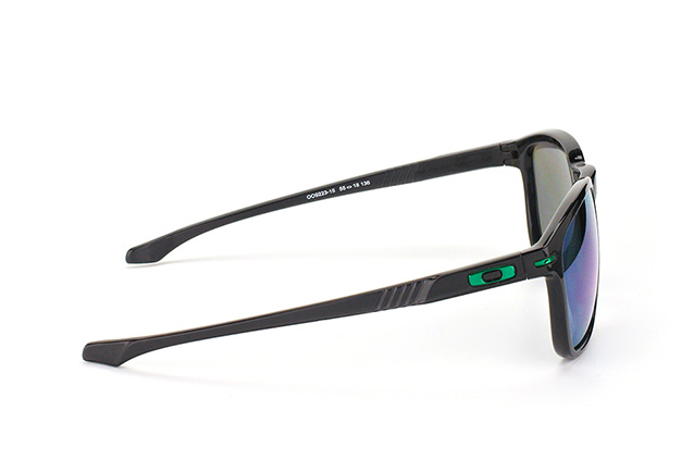 Oakley OO 9223 15 perspective view
