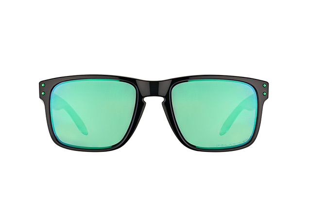 Oakley OO 9102 69 perspective view
