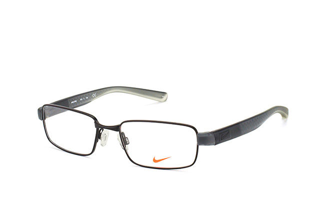 Nike 8166 010 perspective view
