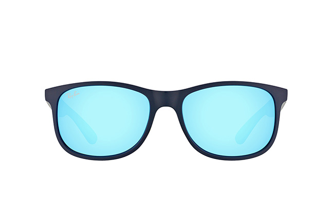 Ray-Ban Andy RB 4202 6153/55 vista en perspectiva