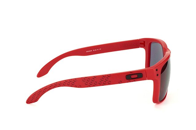 Oakley Holbrook OO 9102 83 perspective view