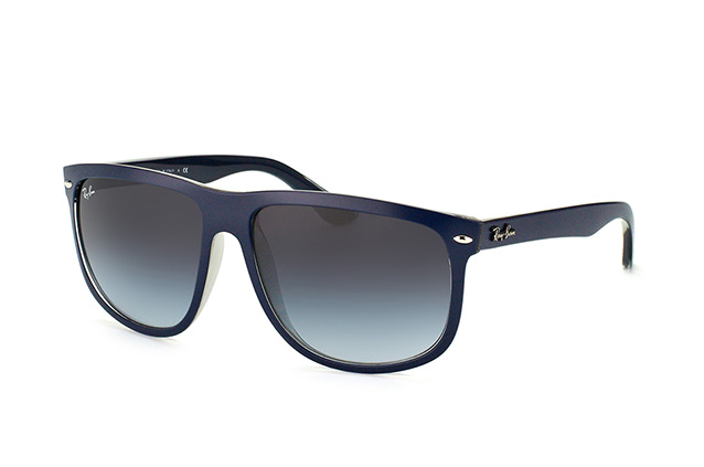 Ray-Ban RB 4147 6132/8G perspective view