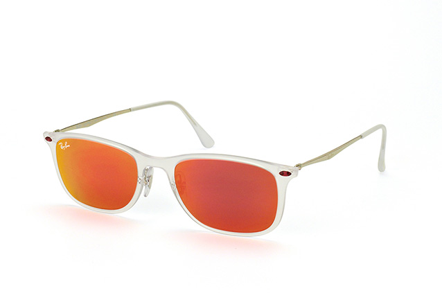 Ray-Ban RB 4225 646/6Q perspective view