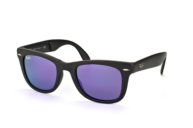 Ray-Ban Fold Wayfarer RB 4105 601-S/1M perspective view
