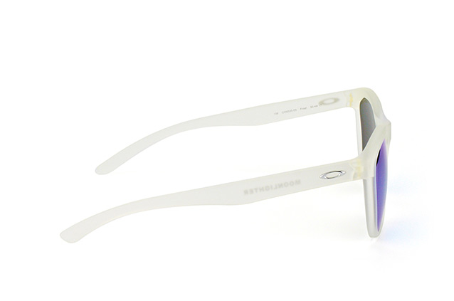 Oakley Moonlighter OO 9320 03 perspective view