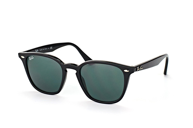 Ray-Ban RB 4258 601/71 perspective view