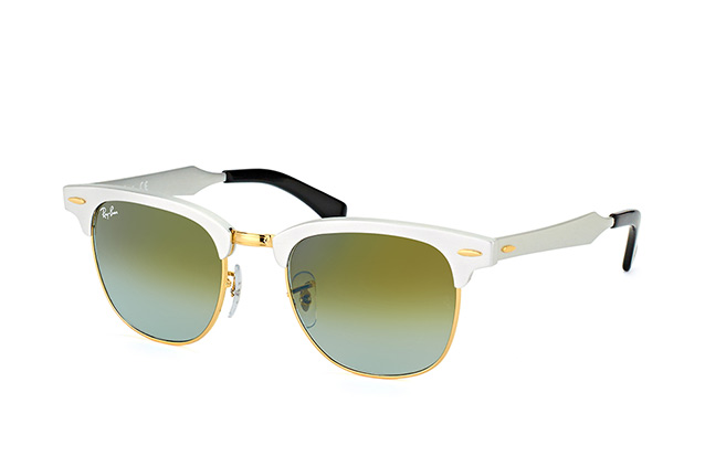Ray-Ban RB 3507 137/9J vista en perspectiva