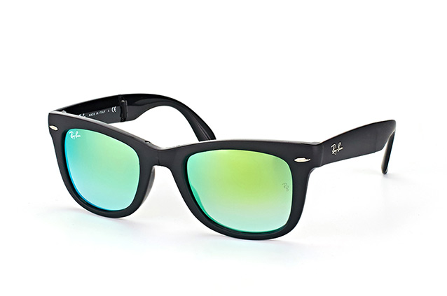 Ray-Ban Fold Wayfarer RB 4105 6069/4J perspective view