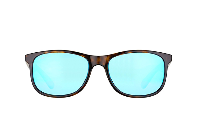 Ray-Ban Andy RB 4202 710/9R Perspektivenansicht