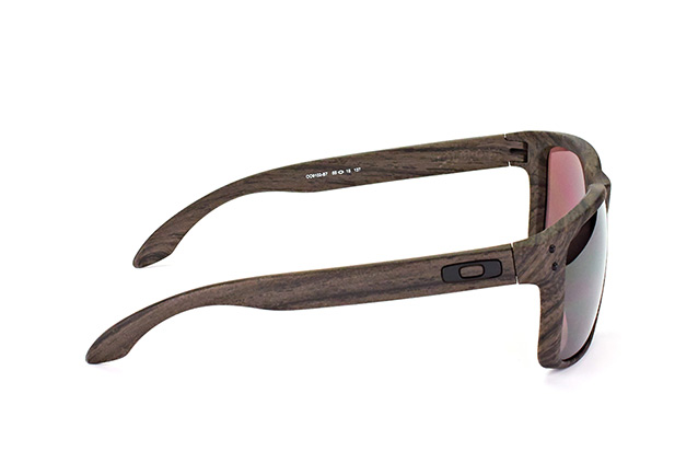 Oakley Holbrook OO 9102 B7 perspective view