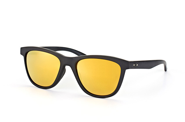 Oakley Moonlighter OO 9320 10 Perspektivenansicht