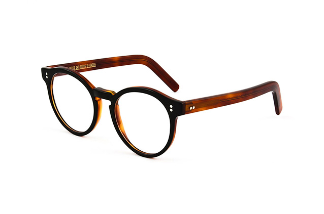 Cutler and Gross CG 1097 black / turtle Perspektivenansicht