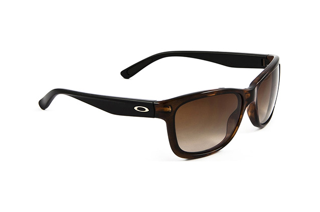 Oakley Forehand OO 9179 06 perspective view