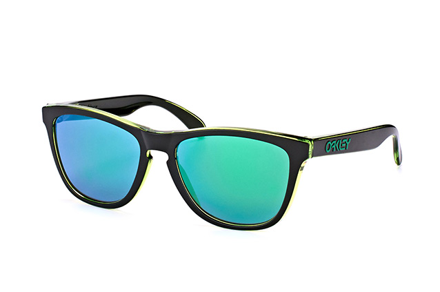 Oakley Frogskins OO 9013 A8 perspective view
