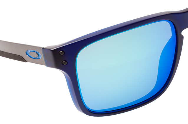 Oakley Holbrook MIX OO 9384 03 perspective view