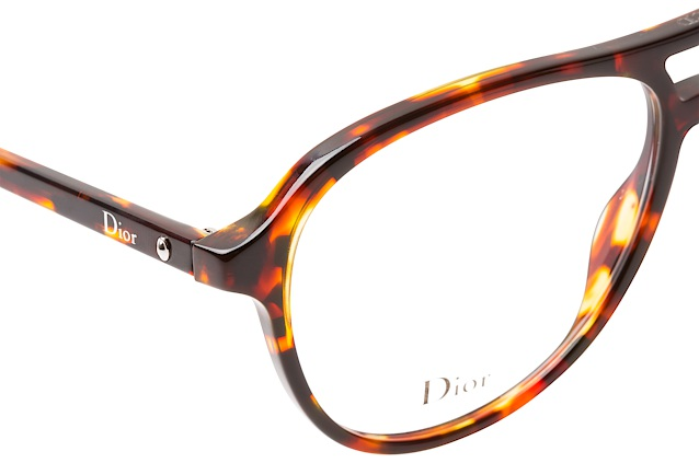 Dior Montaigne 52 P65 perspective view