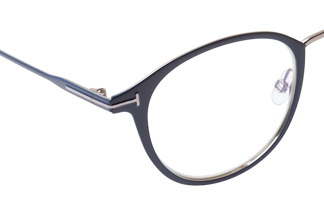 Tom Ford FT 5528-B 091 perspective view