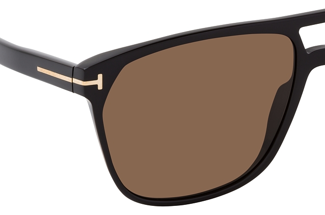 Tom Ford Shelton FT 0679/S 01E Perspektivenansicht