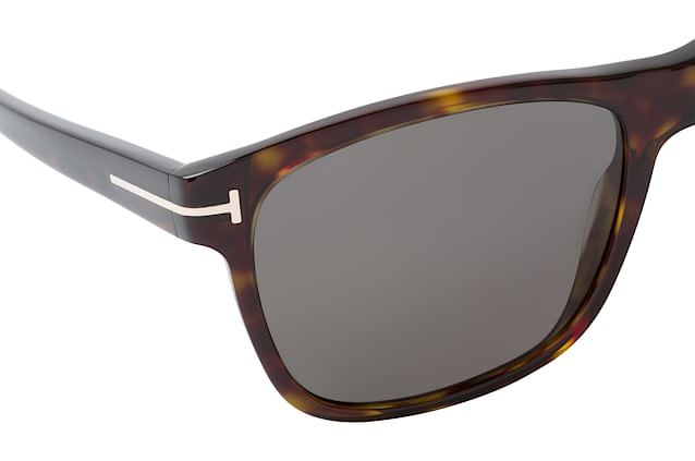 Tom Ford Giulio FT 0698 52D perspective view
