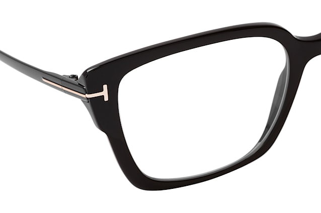 Tom Ford FT 5579-B 1 Perspektivenansicht