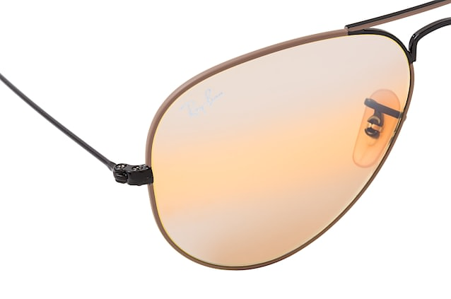 Ray-Ban Aviat. Large M RB 3025 9153/AG perspective view