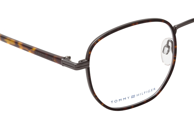 Tommy Hilfiger TH 1686 R80 perspective view