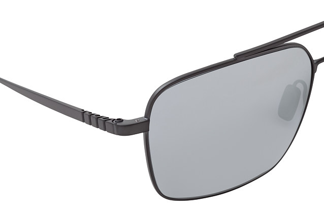 Porsche Design P 8679 A perspective view