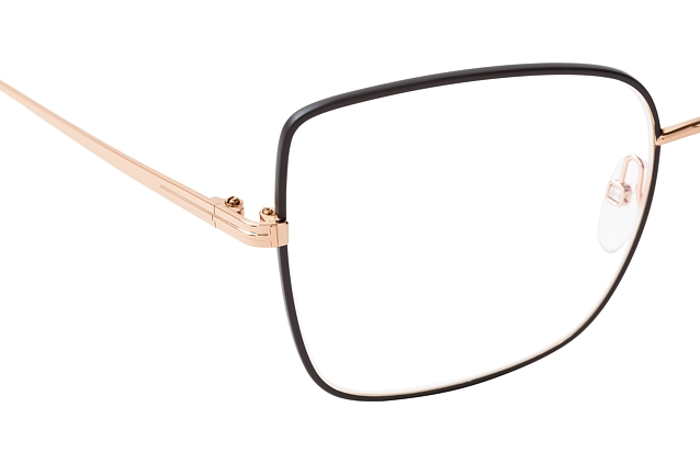 Tom Ford FT 5613-B 002 perspective view
