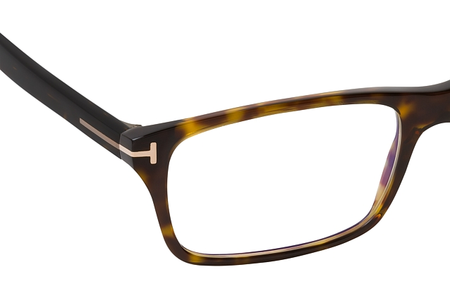 Tom Ford FT 5663-B 052 vista en perspectiva