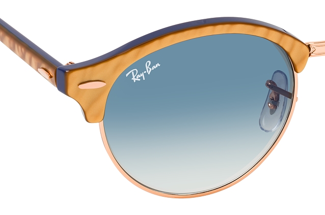 Ray-Ban Clubround RB 4246 13063F perspective view