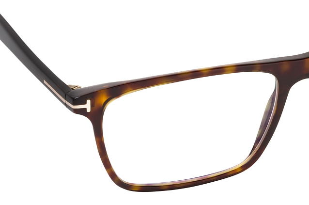 Tom Ford FT 5681-B 052 vista en perspectiva