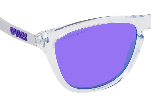 Oakley Frogskins Mix OO 9428 17 perspective view